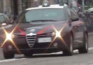 carabinieriauto3-324x229 Carabinieri arrestano 2 persone. Avevano droga nei pennarelli. Piazza Litta Prima Pagina