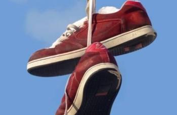 scarperosse-350x227 Scarpette rosse. Storie di delinquenti senza pena certa Piazza Litta Prima Pagina