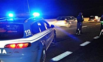 polizia-350x209 Regalo di Natale ad un corbettese. Gli ritrovano l'auto Piazza Litta Prima Pagina