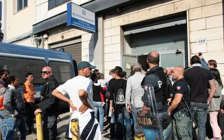 Napoli Ufficio Immigrazione Questura apertura