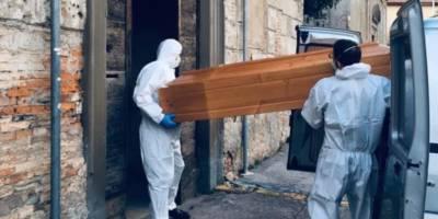 donna morta coronavirus