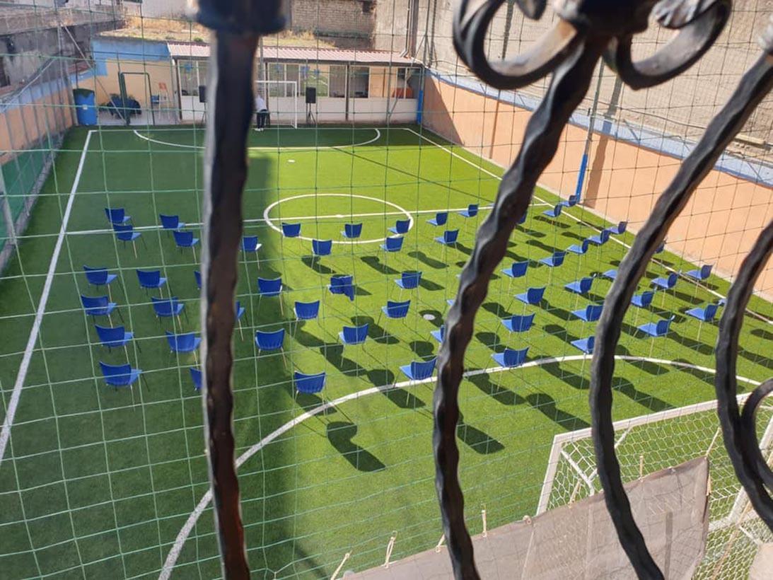 Napoli, un campo di calcio all'Arenaccia nel' ex zoo privato del boss