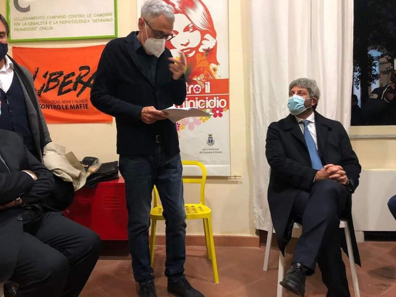 """Portici, il M5S accusa: """"Il sindaco Cuomo grande assente alla manifestazione anticamorra a villa Fernandes"""""""