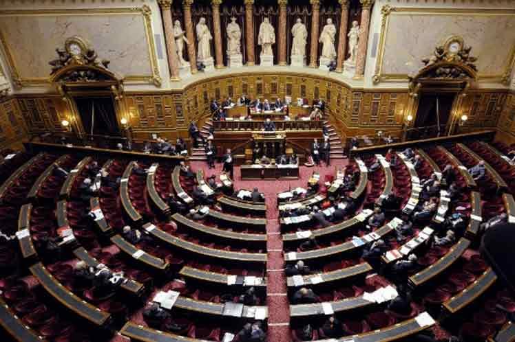 Potencial derrota de Macron en elecciones en Senado — Francia