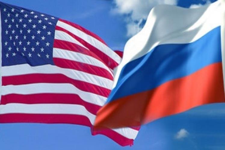 Trump y Putin son uno mismo en portada de Time
