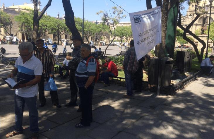Conductores exigen no cerrar el Sistecozome | La Crónica de Hoy - Jalisco