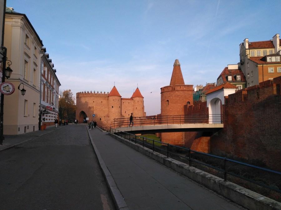 Qué ver en Varsovia en un día. Centro histórico. Muralla.