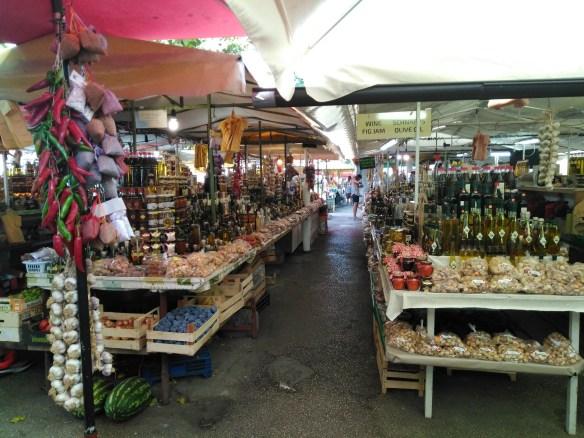 ¿Qué ver en Sibenik? ¿Qué ver en Trogir? Croacia. Mercado de Trogir.