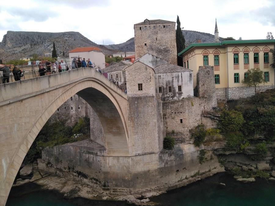 Mostar en un día. Bosnia.Puente de Mostar