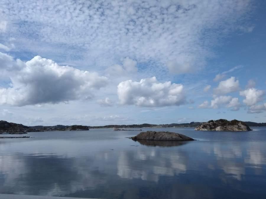 Conducir en Noruega. Carretera de Odda a Stavanger.