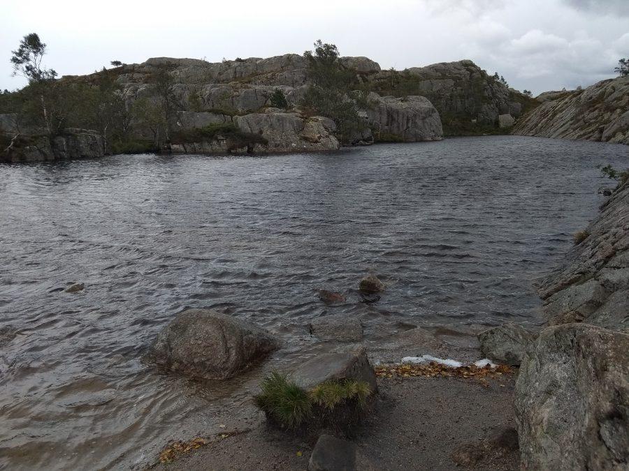 El Púlpito en Noruega. Ruta de Preikestolen.