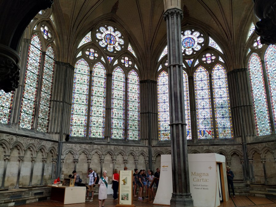 Sala Capitular de la Catedral de Salisbury. Los Pilares de la Tierra.