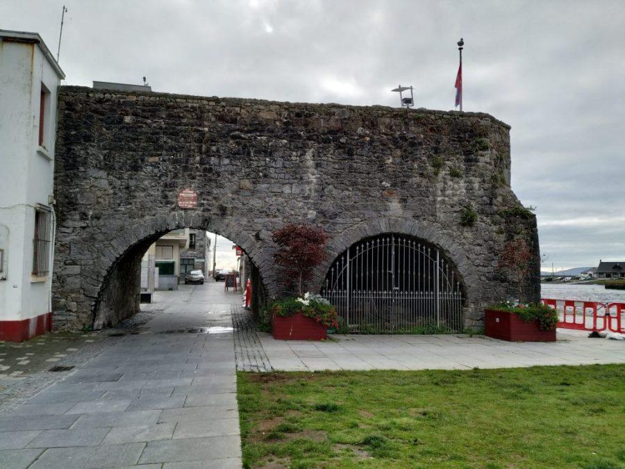 Arco de los españoles en Galway, Irlanda.