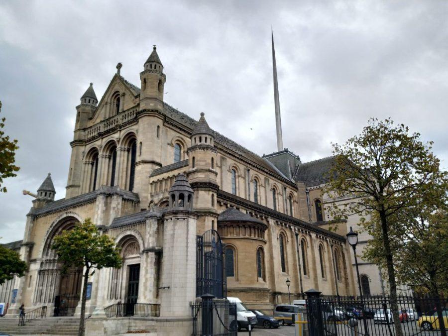 Qué ver en Belfast.Catedral de Santa Ana Belfast