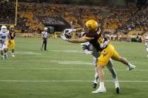 Arizona State tight end Kody Kohl catches a touchdown in the fourth quarter to give the Sun Devils a 27-21 lead. (Photo: Scotty Bara/WCSN)