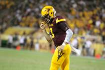 Arizona State quarterback Mike Bercovici runs back to the sideline after the end of a drive. (Photo: Scotty Bara/WCSN)