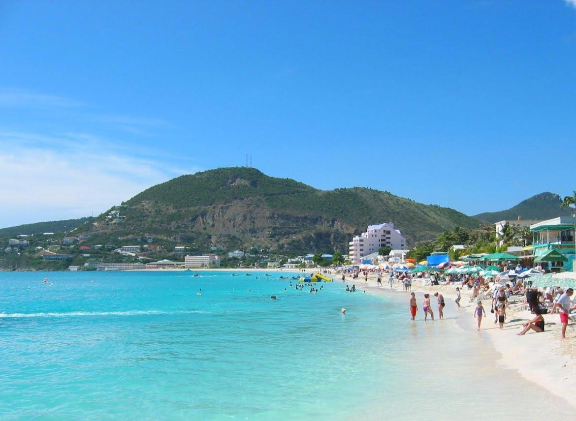 Sint Maarten, Netherlands Antilles: It's French. No, it's Dutch. No, French…