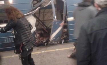 Два взрива прогърмяха в Петербургското метро, има жертви (обновена)