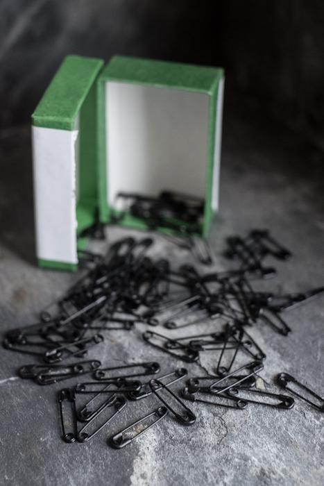 Merchant & Mills Fine Black Safety Pins 1