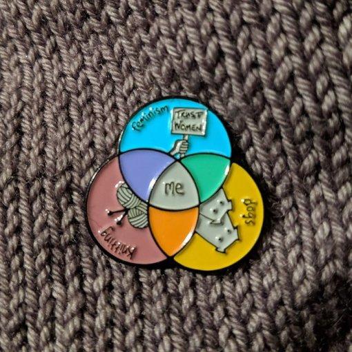 an caitlin beag venn dogs knitting