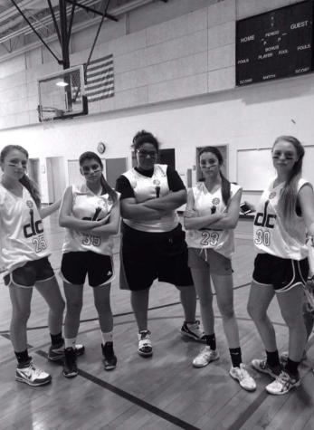 "House Basketball: Spotlight on team ""Girl Bowling"""