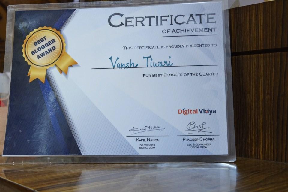 Best Blogger of the Quarter Award by Digital Vidya
