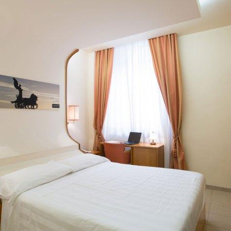 crosti-hotel-sliderhome02
