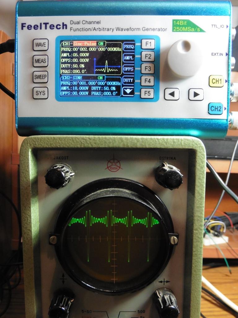 osciloskop_iskra_ma4005_01