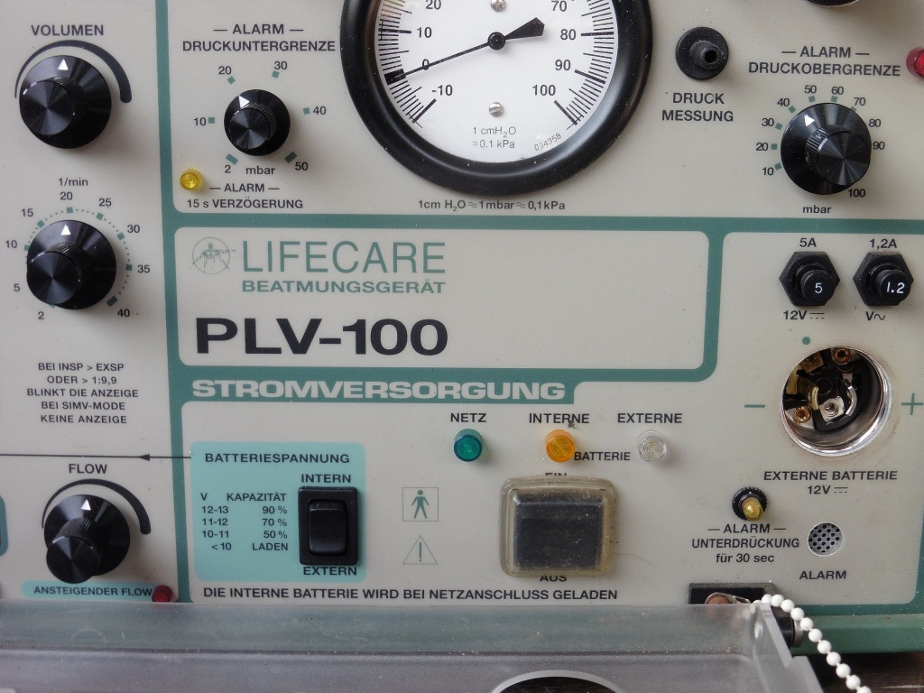 respirator_ lifecare_plv100_05