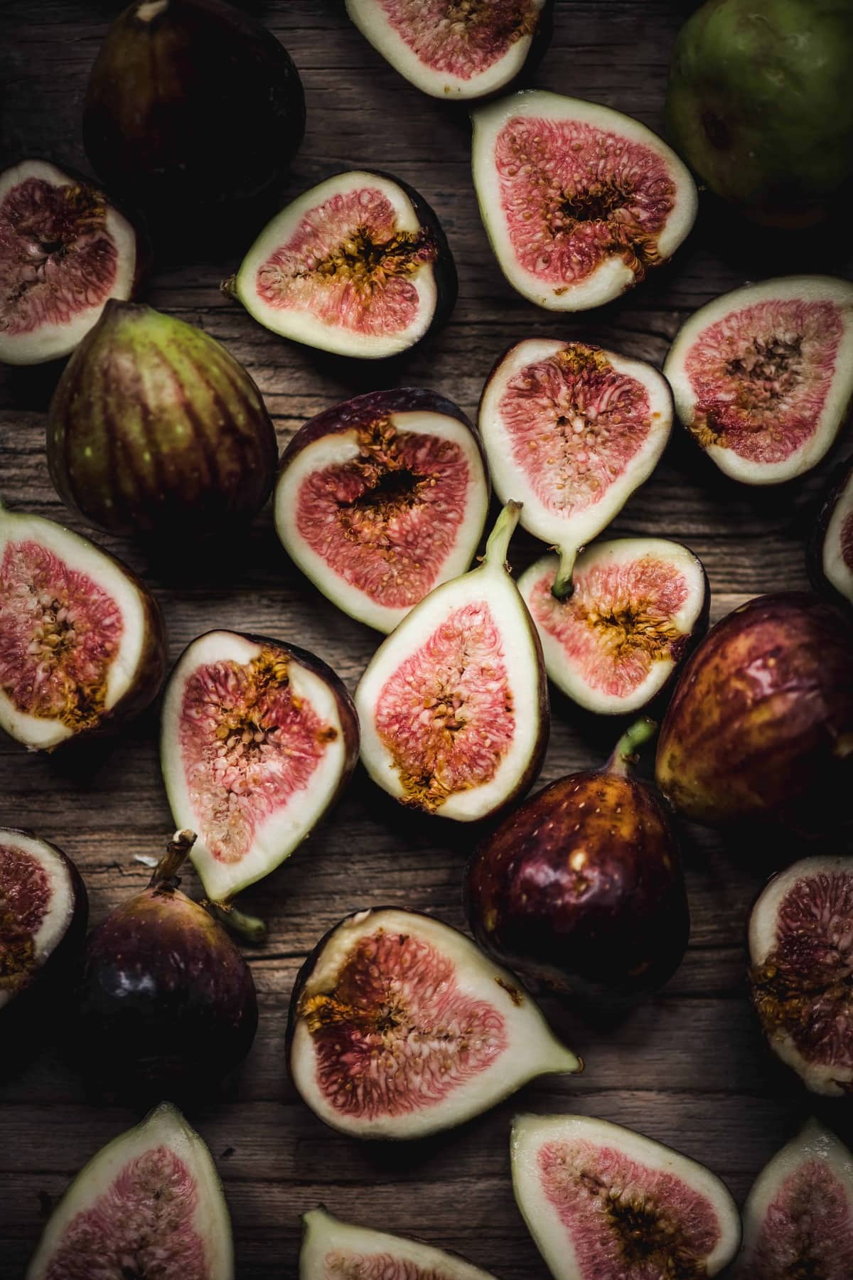 Overhead view of beautiful fresh figs