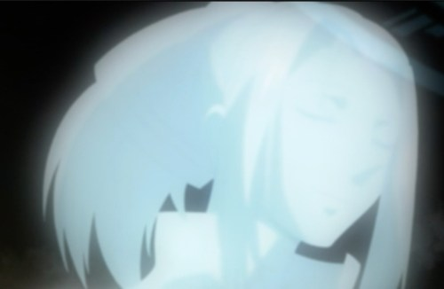 Kanda begins to see a ghostly white woman who appears very warm to him. Capture from the Funimation stream.