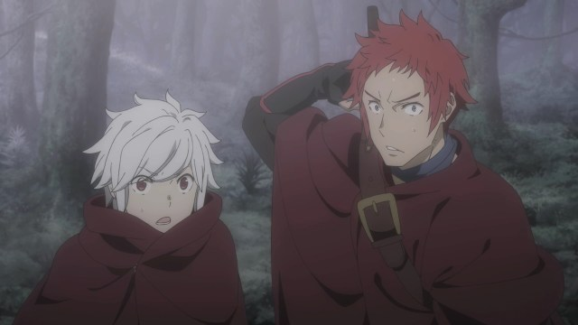 DanMachi III Episode 2: The hooded figure took Bell and Welf by surprise.