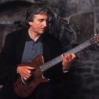 Allan Holdsworth Trio with Chad Wackerman and Ernest Tibbs - Live in Leverkusen 11-09-11