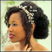 5 interesting natural wedding hairstyles