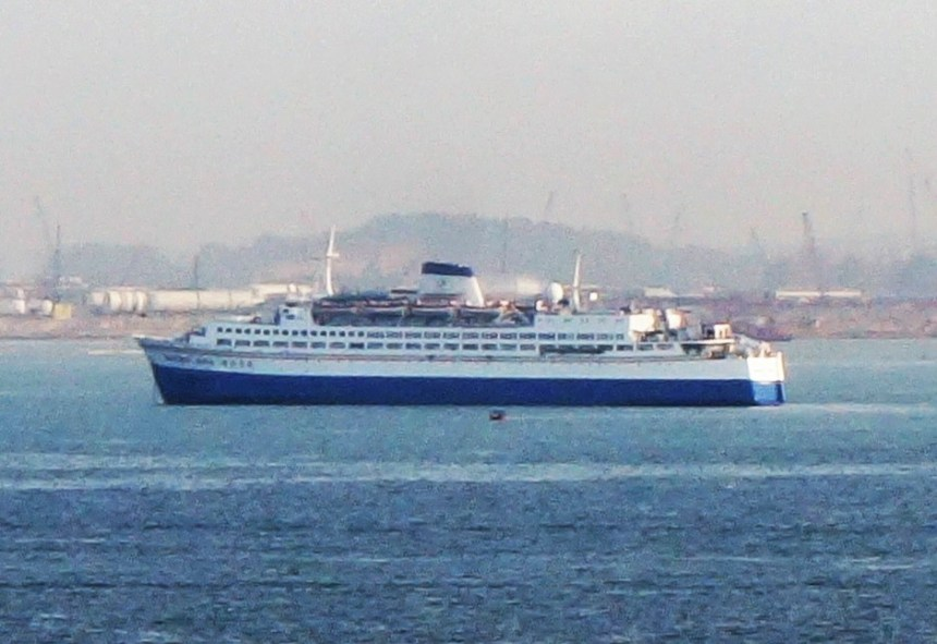Amusement-World-001-1-1024x675 Schwedischer Schiffs-Oldtimer zur Verschrottung in Alang