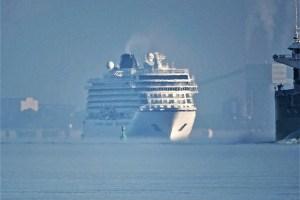 Erst-Anläufe der VIKING SUN in Kiel und Hamburg