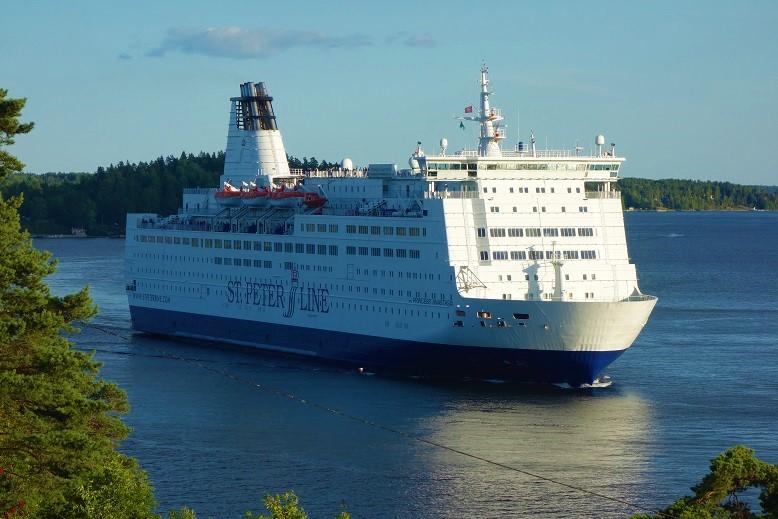 Princess-Anastasia-025 Cruise Ferry PRINCESS ANASTASIA dient als schwimmendes Hotel