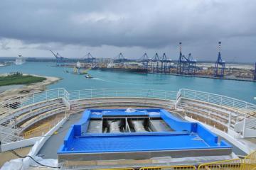 Navigator of the seas drydock