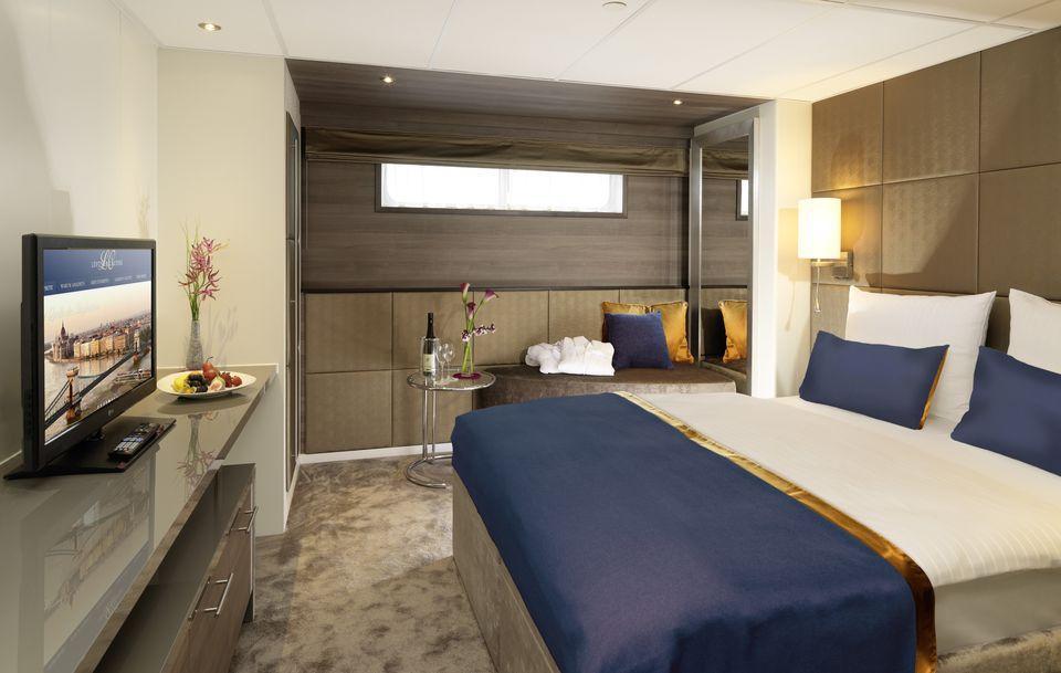 MS Amadeus Queen cabins and suites  CruiseMapper