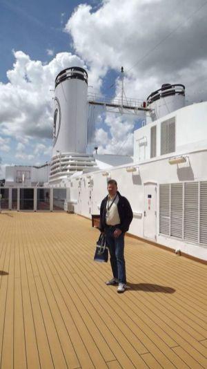 Ik voor de eerste keer ooit op de MS Rotterdam. - Bas Romeijn, 30 mei 2015