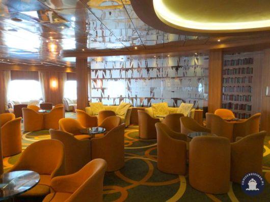 Hampton's Lounge Bar