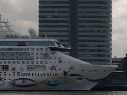 norwegian-star-04