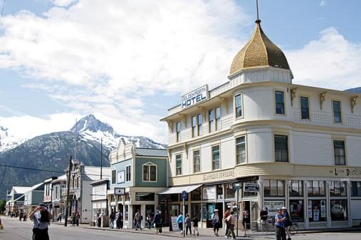 golden-north-hotel_skagway_alaska_at11-09356