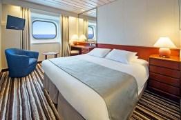 9-1-3-1-double-cabin-ocean-view-2