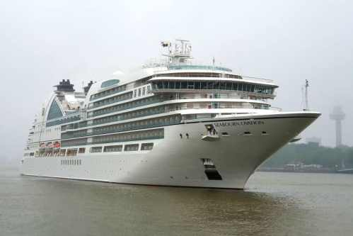 AIDAperla Seabourn Ovation 26