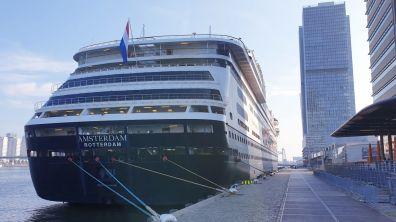 MS Amsterdam 19