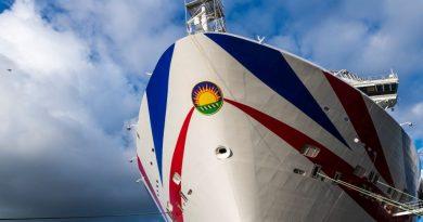 Cruiseschip Iona brengt Rotterdam weer een bezoekje