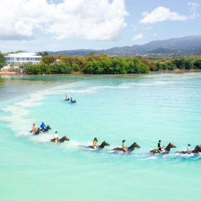 St. James Horseback Riding © Jamaica Tourist Board