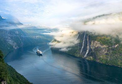 Mein Schiff 1 start met cruises naar Noorwegen