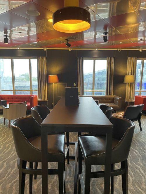 Casino Lounge